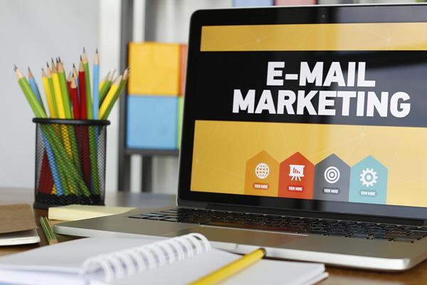 7 Xu hướng công nghệ cao trong Email cho Marketers năm 2018.