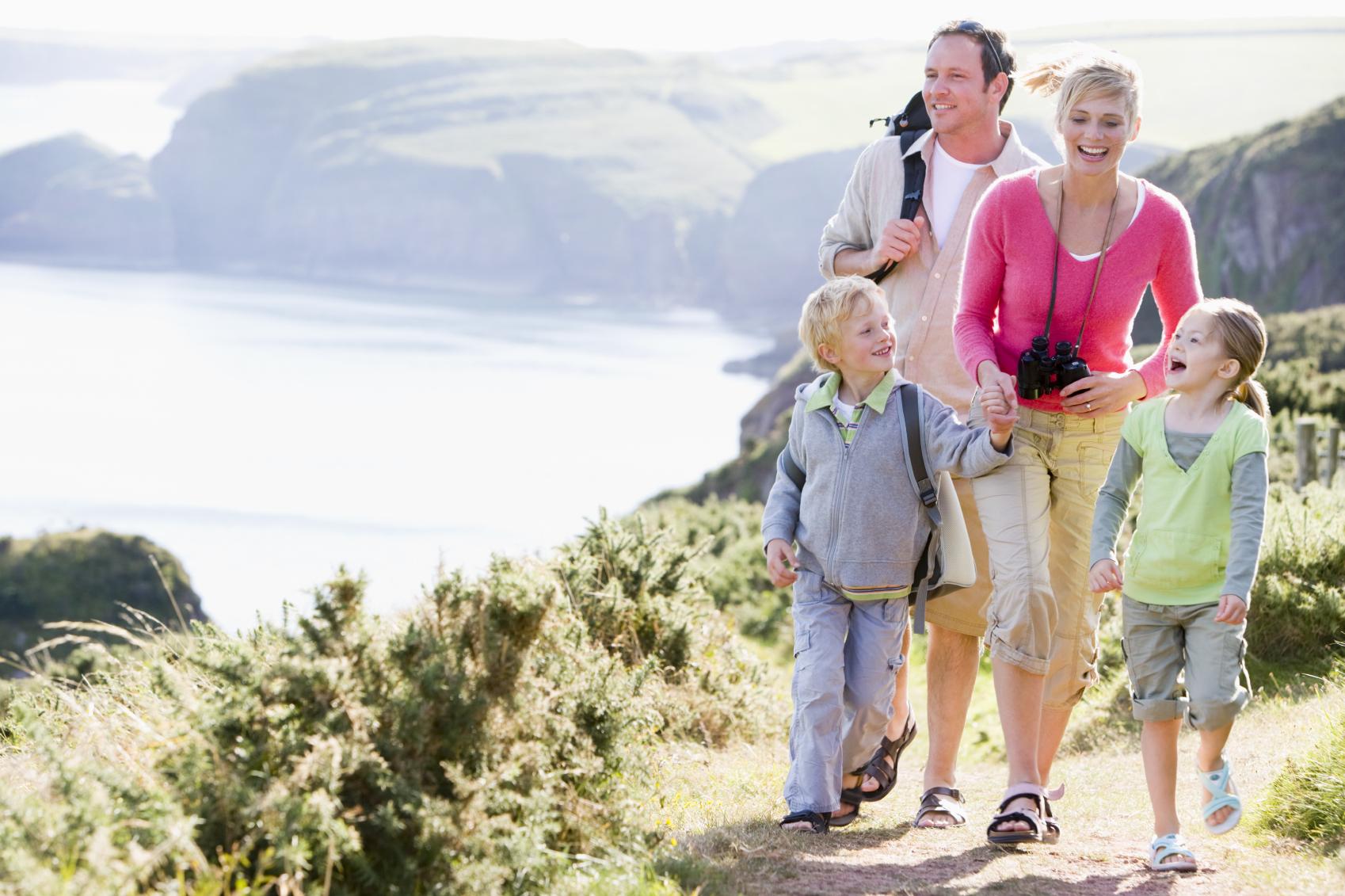 7 loại hình du lịch tiết kiệm dành cho các gia đình