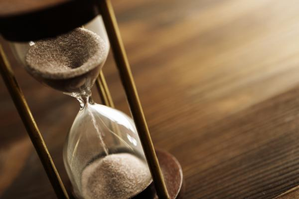 13 Dấu Hiệu Bạn Đang Lãng Phí Thời Gian Cuộc Sống