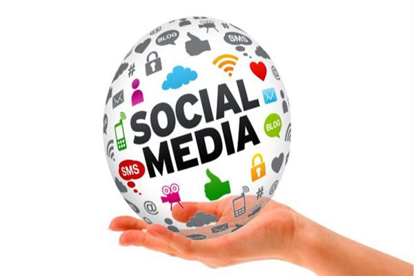 Tại sao cần tích hợp các mạng xã hội vào website?